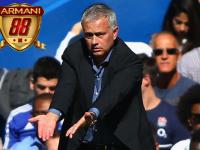 Mourinho Bersumpah Kepada Suporter Chelsea