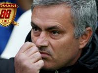 Jose Mourinho Menyerang Balik Para Kritikus