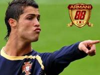 Cristiano Ronaldo Vs Rafa Benitez