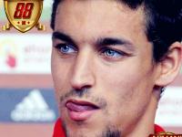 Jesus Navas Disambut Hangat Suporter Sevilla