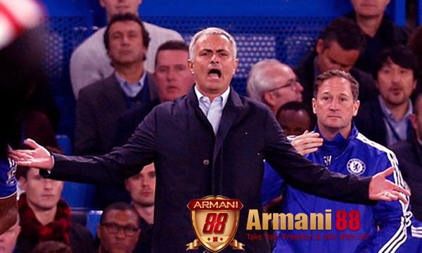 jose mourinho dengan gebrakan mourinho c