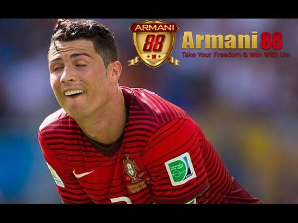 Cristiano Ronaldo lucu a copy
