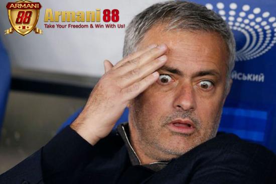 Berita Bola Terbaru Pemecatan Mourinho