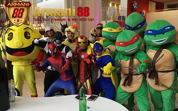 Pesta Kostum Leicester City di Denmark