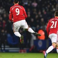 Manchester United Menang 3 Gol di Kandang Leicester City